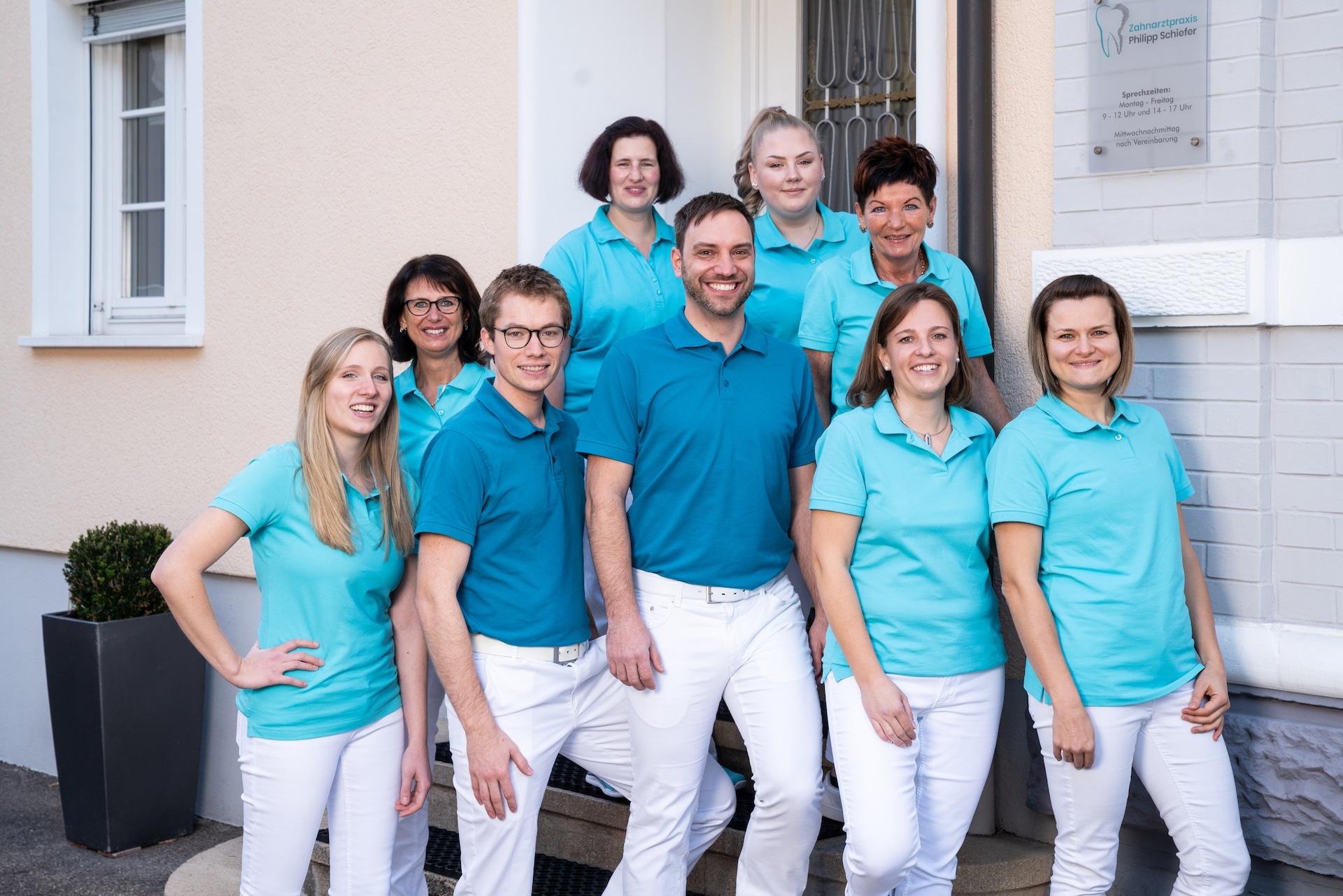Ihr Team der Zahnarztpraxis Philipp Schiefer