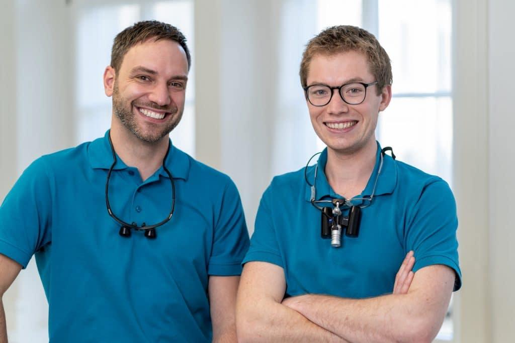 Die Zahnärzte der Zahnarztpraxis Philipp Schiefer